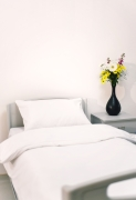 "Poly-Cotton Duvet Cover White 135 x 200 cm (53 x 79"") - to fit single duvet with envelope end"